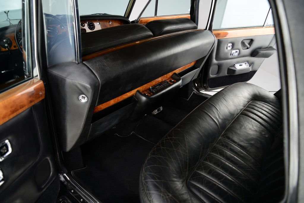 This is it. The rear seat where Johnny Cash, family and guests were driven in comfort by chauffeur.  The original privacy partition works in conduction with the long wheelbase (LWB) configuration.