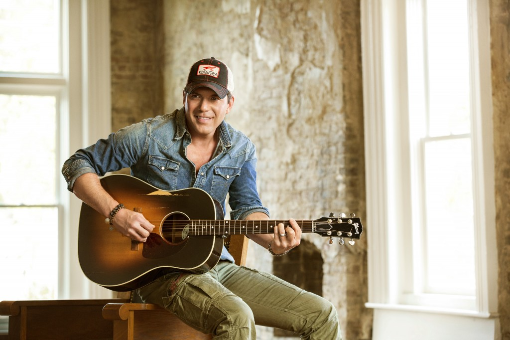 Country star Rodney Atkins will kick off the 44th Annual Barrett-Jackson Scottsdale Auction in January.